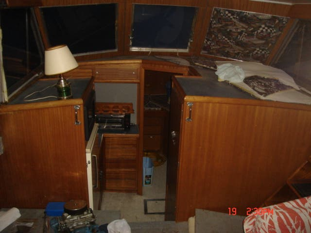 1963 Hatteras boat for sale, model of the boat is 34 AFT CABIN & Image # 5 of 10