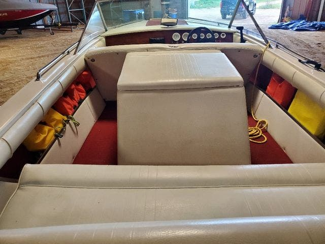 1972 Century boat for sale, model of the boat is 17 RESORTER & Image # 5 of 15