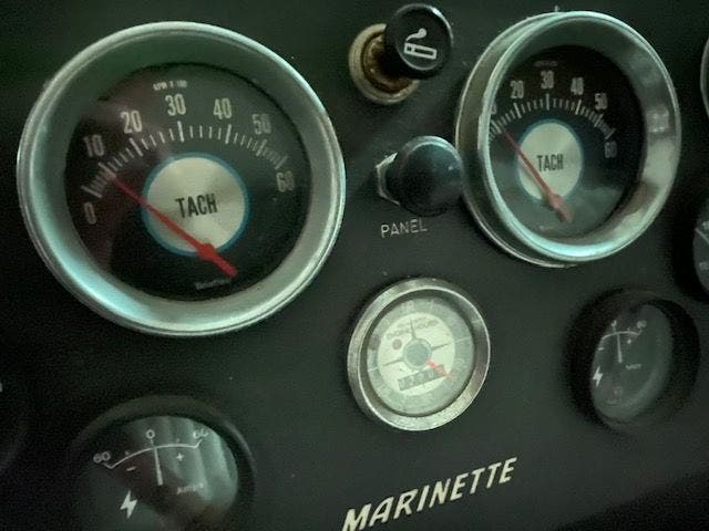 1973 Marinette boat for sale, model of the boat is 32EXPRESS & Image # 9 of 20