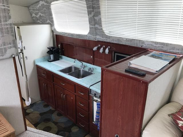 1977 Bertram boat for sale, model of the boat is 46 & Image # 22 of 32