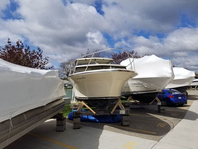 1979 Silverton boat for sale, model of the boat is 26 EXPRESS & Image # 3 of 27