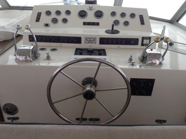 1980 Bertram boat for sale, model of the boat is 42 MOTOR YACHT & Image # 3 of 36