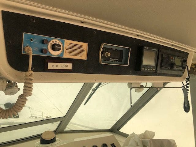 1980 Bertram boat for sale, model of the boat is 42 MOTOR YACHT & Image # 13 of 36