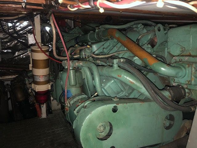 1980 Bertram boat for sale, model of the boat is 42 MOTOR YACHT & Image # 32 of 36