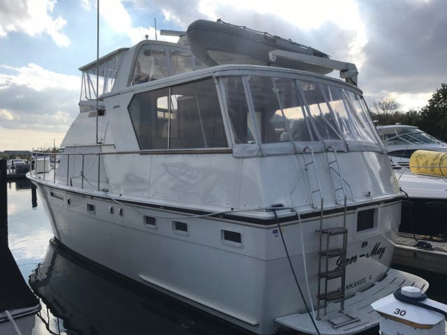 1983 Hatteras boat for sale, model of the boat is 48MY & Image # 36 of 71