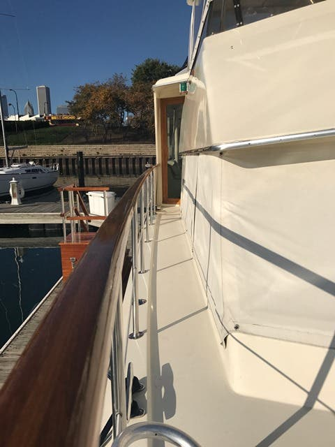 1983 Hatteras boat for sale, model of the boat is 48MY & Image # 44 of 71