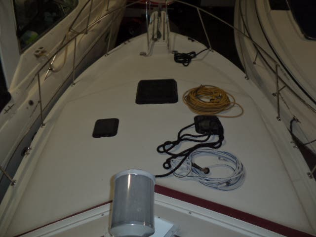 1986 Carver boat for sale, model of the boat is 3607 & Image # 27 of 31