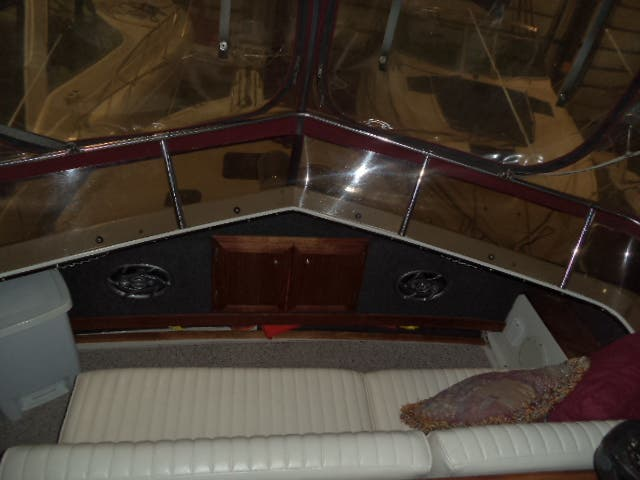1986 Carver boat for sale, model of the boat is 3607 & Image # 29 of 31