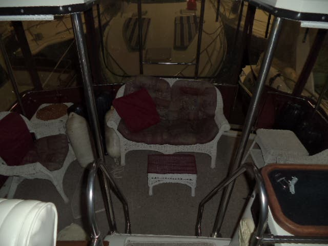 1986 Carver boat for sale, model of the boat is 3607 & Image # 31 of 31