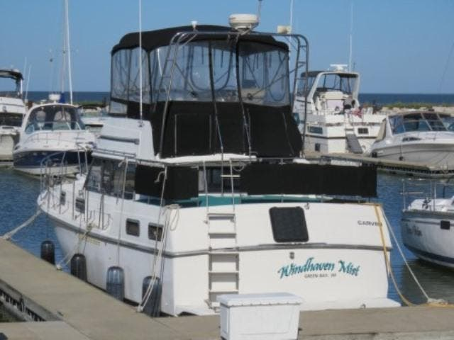 1986 Carver boat for sale, model of the boat is 36 AFT CABIN & Image # 3 of 16