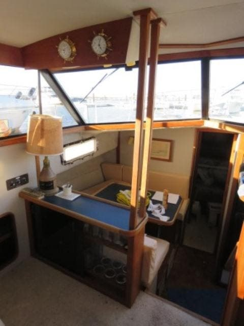 1986 Carver boat for sale, model of the boat is 36 AFT CABIN & Image # 8 of 16
