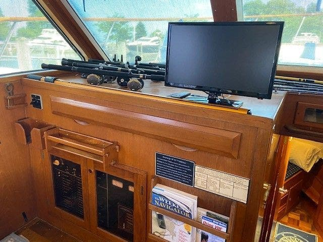 1986 Defever boat for sale, model of the boat is 48 TRAWLER & Image # 24 of 61