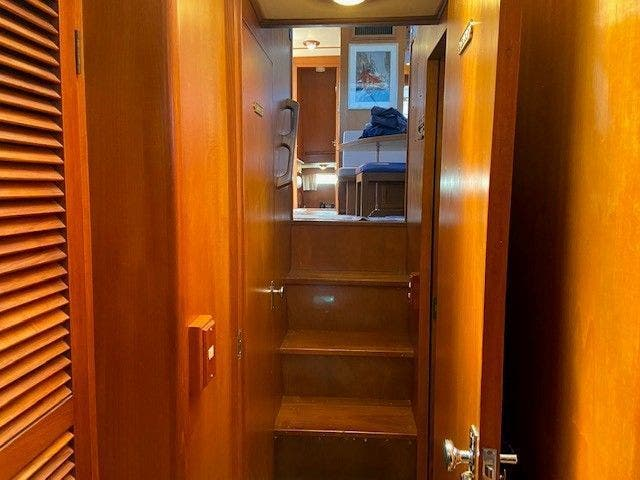 1986 Defever boat for sale, model of the boat is 48 TRAWLER & Image # 43 of 61