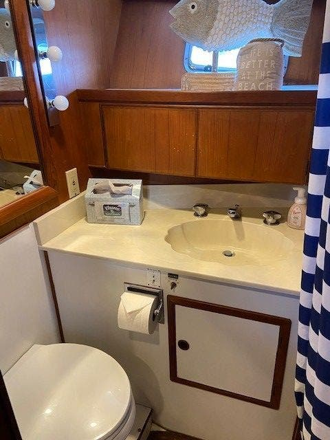 1986 Defever boat for sale, model of the boat is 48 TRAWLER & Image # 44 of 61