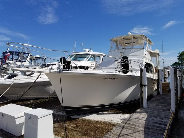 1986 Ocean Yachts boat for sale, model of the boat is 46 SUNLINER & Image # 4 of 60