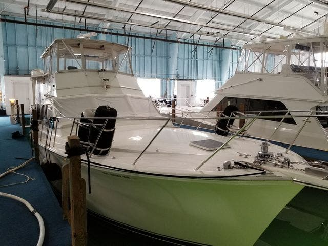 1986 Ocean Yachts boat for sale, model of the boat is 46 SUNLINER & Image # 5 of 60