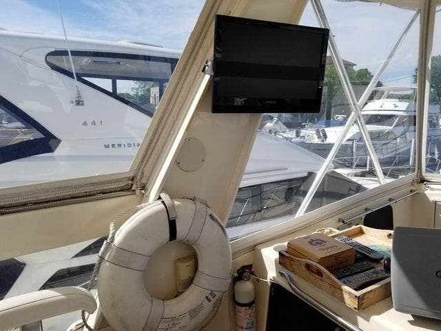 1986 Ocean Yachts boat for sale, model of the boat is 46 SUNLINER & Image # 19 of 60