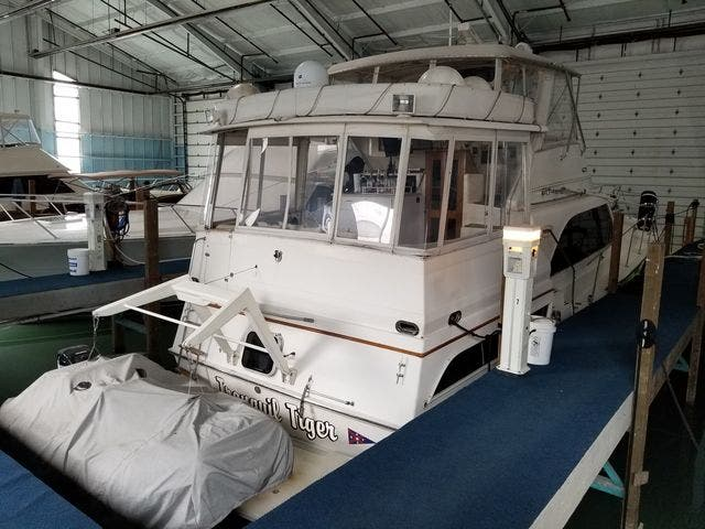 1986 Ocean Yachts boat for sale, model of the boat is 46 SUNLINER & Image # 50 of 60
