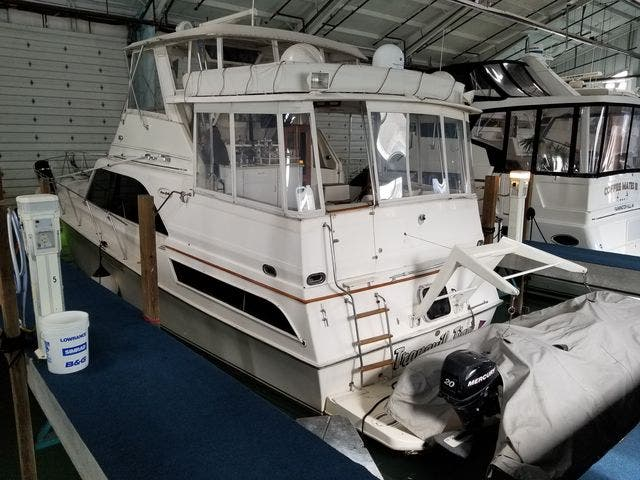 1986 Ocean Yachts boat for sale, model of the boat is 46 SUNLINER & Image # 52 of 60