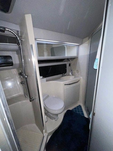1988 Sea Ray boat for sale, model of the boat is 460EC & Image # 39 of 51