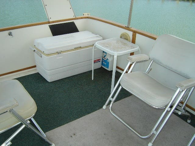 1989 Sea Ray boat for sale, model of the boat is 380AC & Image # 5 of 37