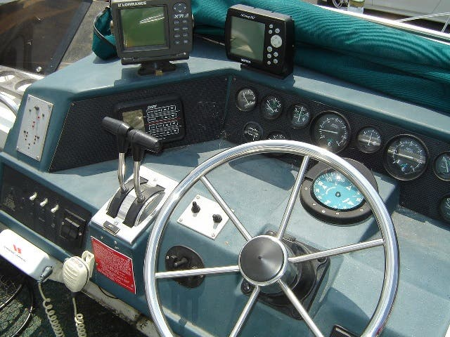 1989 Sea Ray boat for sale, model of the boat is 380AC & Image # 6 of 37