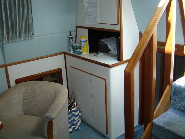 1989 Sea Ray boat for sale, model of the boat is 380AC & Image # 17 of 37