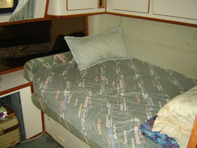 1989 Sea Ray boat for sale, model of the boat is 380AC & Image # 22 of 37