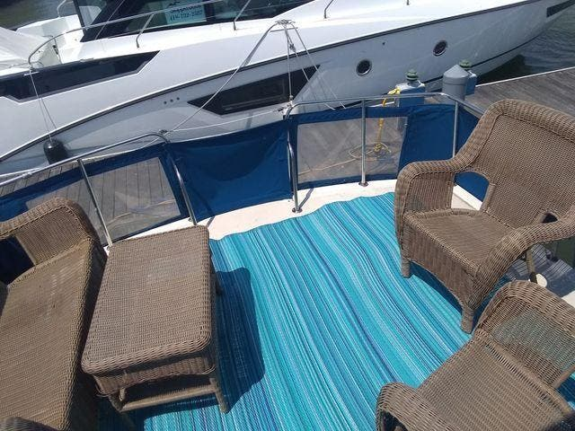 1989 Silverton boat for sale, model of the boat is 40 AFT CABIN & Image # 5 of 39