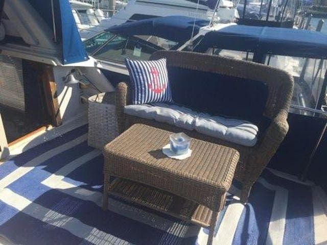 1989 Silverton boat for sale, model of the boat is 40 AFT CABIN & Image # 6 of 39
