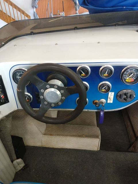1990 Sleekcraft boat for sale, model of the boat is 20 & Image # 4 of 6