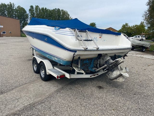 1992 Sea Ray boat for sale, model of the boat is 240BR & Image # 3 of 14