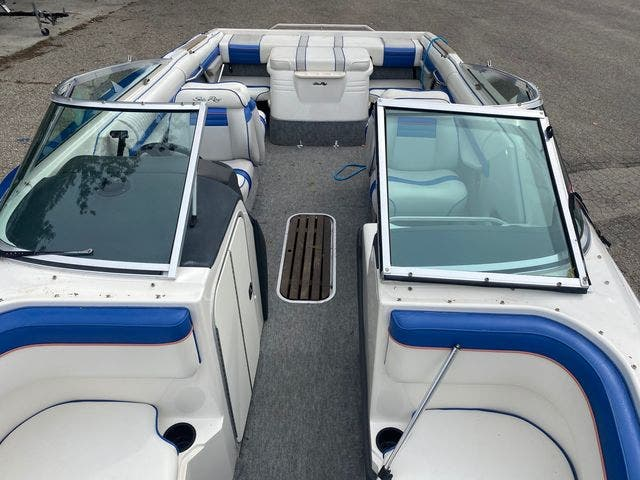 1992 Sea Ray boat for sale, model of the boat is 240BR & Image # 7 of 14