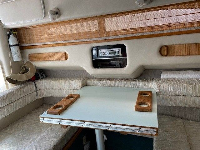 1992 Sea Ray boat for sale, model of the boat is 290SUNDANCER & Image # 14 of 23
