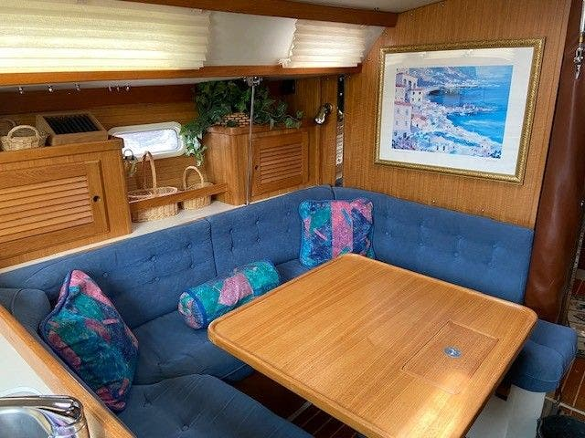 1993 Catalina Yachts boat for sale, model of the boat is 36 TALL RIG & Image # 8 of 26