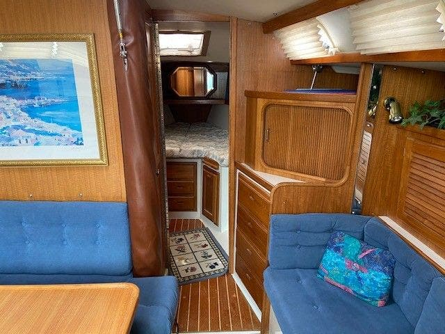 1993 Catalina Yachts boat for sale, model of the boat is 36 TALL RIG & Image # 9 of 26
