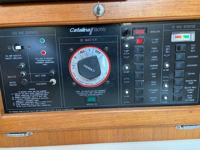 1993 Catalina Yachts boat for sale, model of the boat is 36 TALL RIG & Image # 11 of 26
