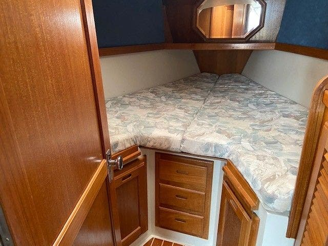 1993 Catalina Yachts boat for sale, model of the boat is 36 TALL RIG & Image # 13 of 26