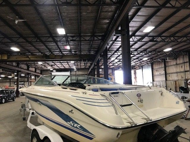 1993 Sea Ray boat for sale, model of the boat is 220 BOW RIDER & Image # 9 of 9
