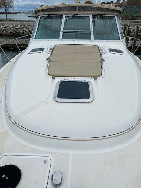 1995 Tiara Yachts boat for sale, model of the boat is 35 EXPRESS & Image # 6 of 33