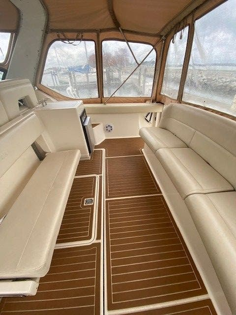 1995 Tiara Yachts boat for sale, model of the boat is 35 EXPRESS & Image # 7 of 33