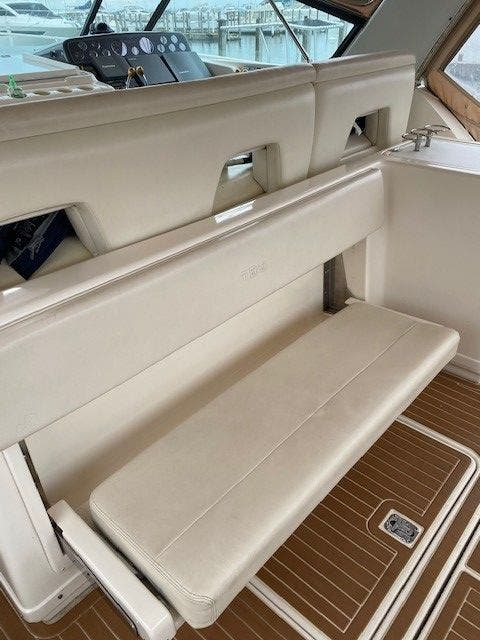 1995 Tiara Yachts boat for sale, model of the boat is 35 EXPRESS & Image # 9 of 33