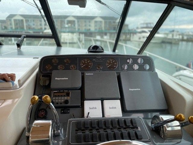 1995 Tiara Yachts boat for sale, model of the boat is 35 EXPRESS & Image # 13 of 33