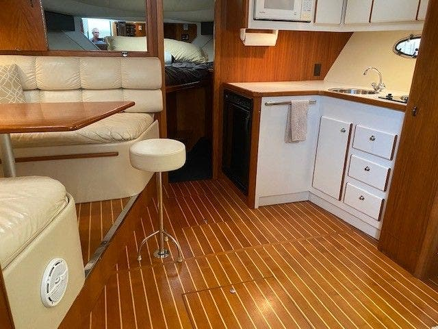 1995 Tiara Yachts boat for sale, model of the boat is 35 EXPRESS & Image # 16 of 33