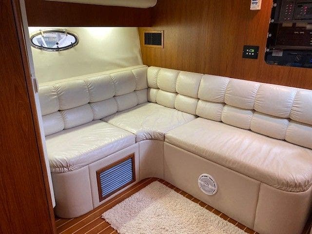 1995 Tiara Yachts boat for sale, model of the boat is 35 EXPRESS & Image # 23 of 33