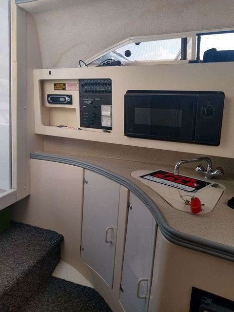 1996 Carver boat for sale, model of the boat is 250 EXPRESS & Image # 5 of 11