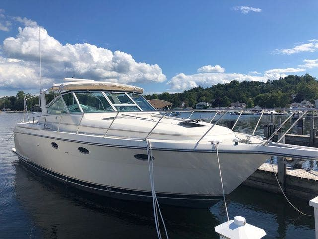 1996 Tiara Yachts boat for sale, model of the boat is 3500 EXPRESS & Image # 3 of 23