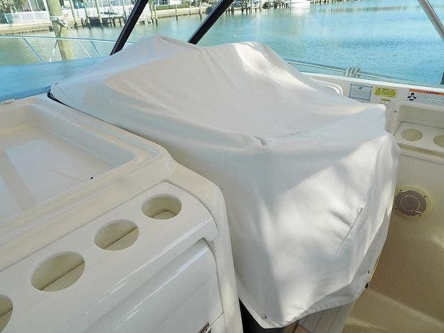 1996 Tiara Yachts boat for sale, model of the boat is 3500 EXPRESS & Image # 15 of 23