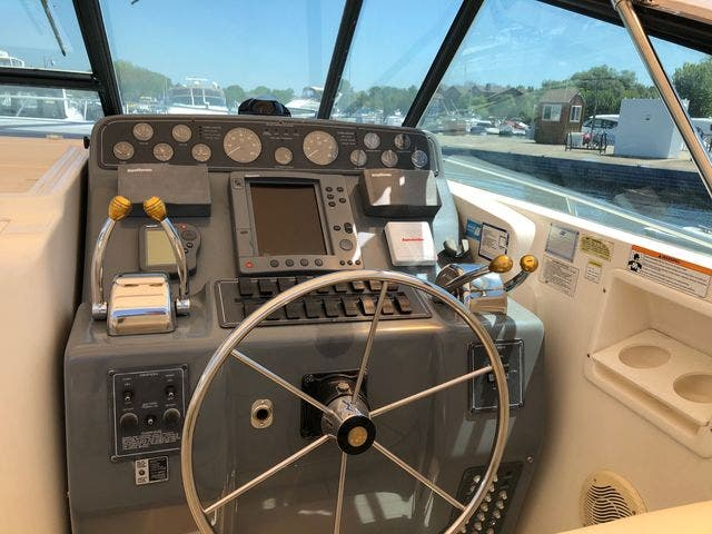 1996 Tiara Yachts boat for sale, model of the boat is 3500 EXPRESS & Image # 16 of 23