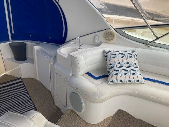1997 Cruisers Yachts boat for sale, model of the boat is 3375 ESPRIT & Image # 4 of 17